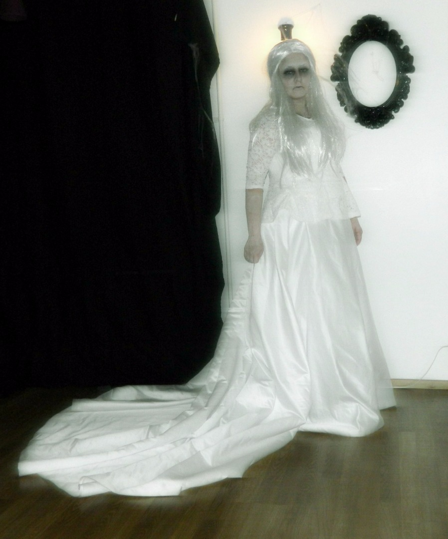 Picture of Ghost Halloween Makeup Tutorial