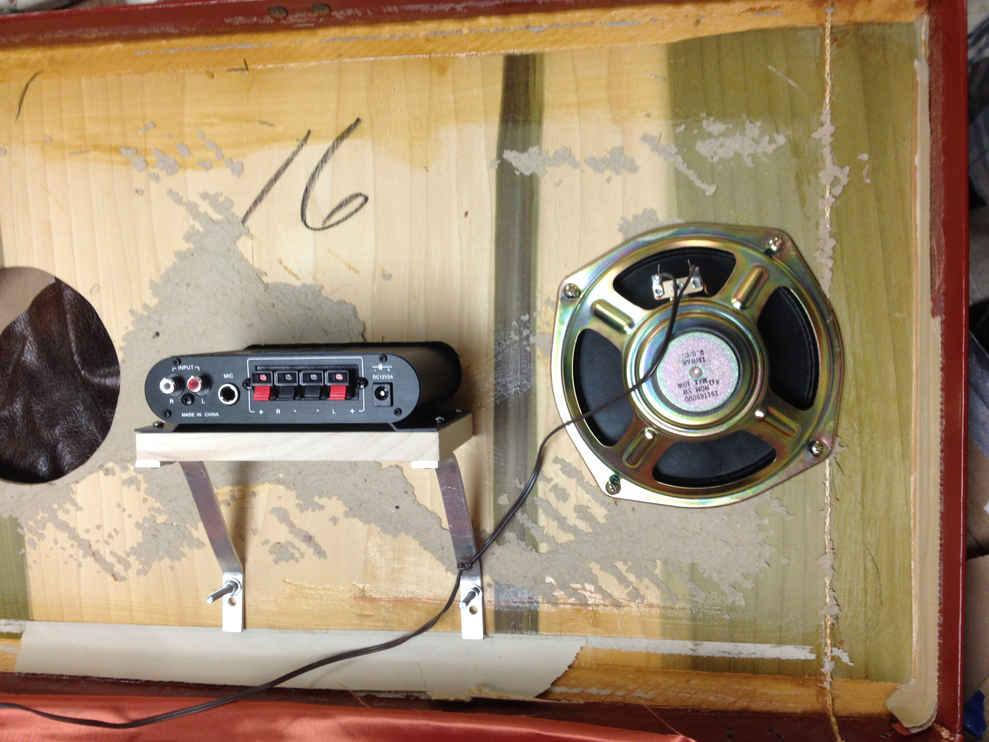 Picture of Amplifier Installation