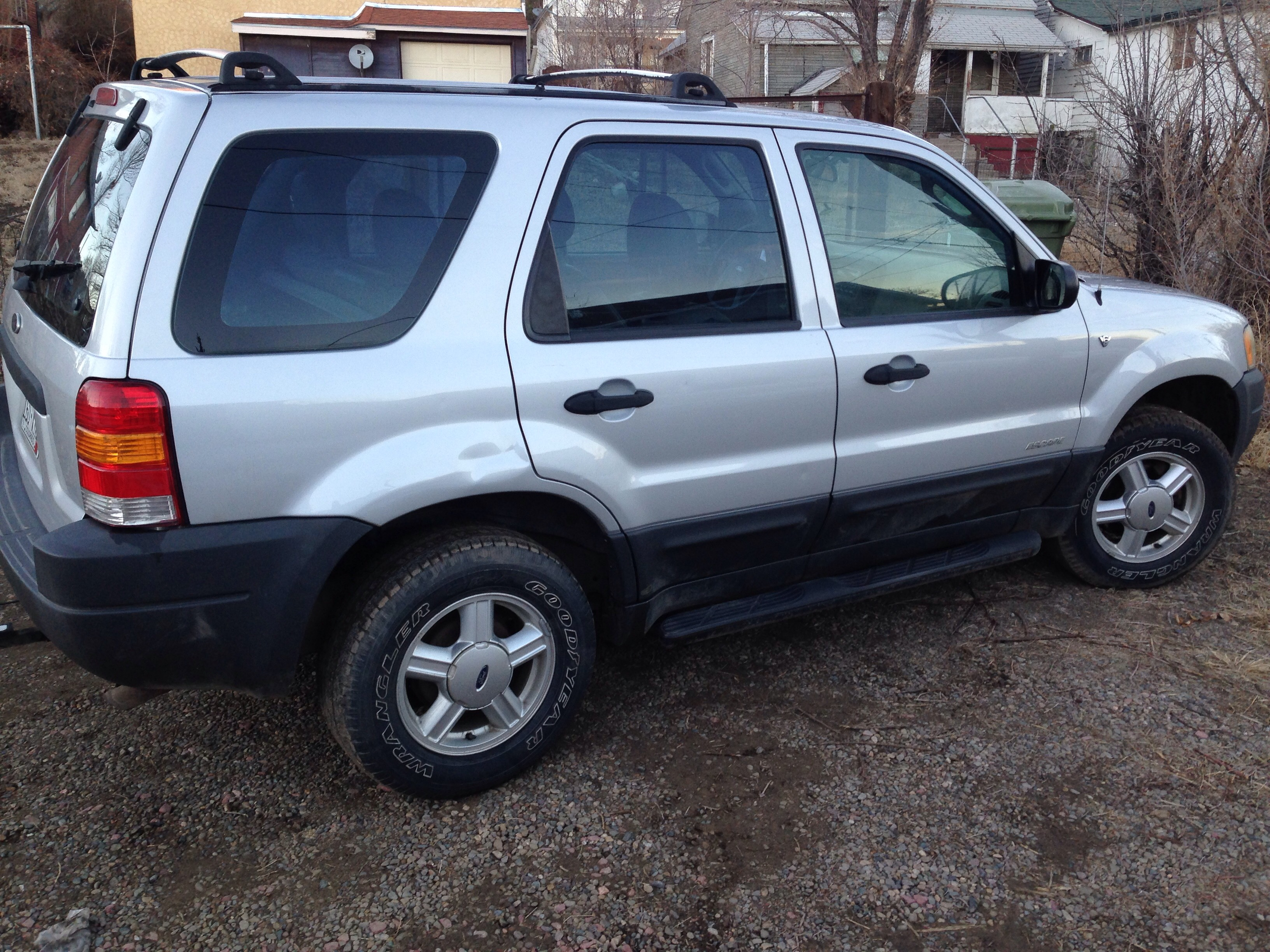 Picture of Ford Escape Tailgate Fix