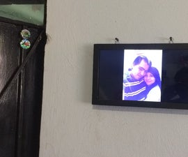 Recycled Digital Photo Frame With Virtual Asistent