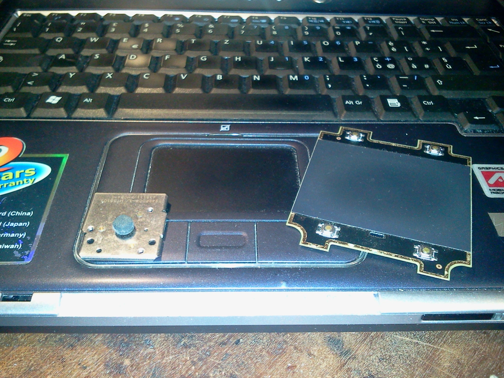 Laptoprecycling Touchpad 8 Steps With Pictures Laptop Webcam Wiring Diagram