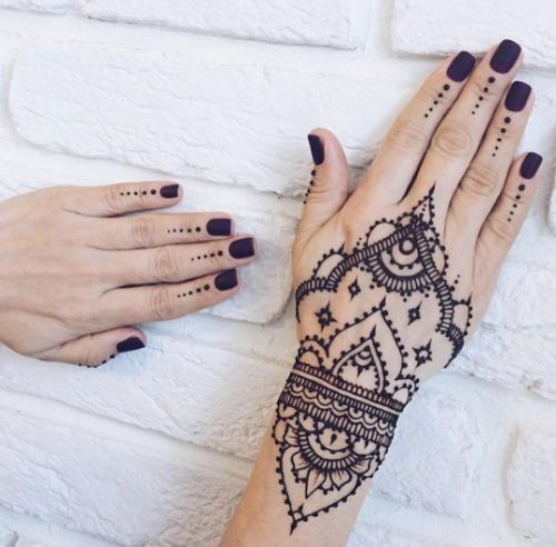 Picture of How to Make Henna Paste