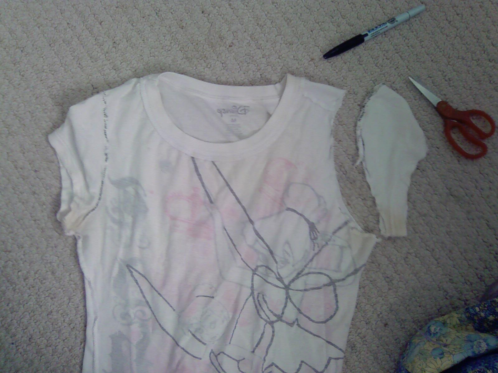 Picture of How to Turn a Fitted Tshirt Into a Cami