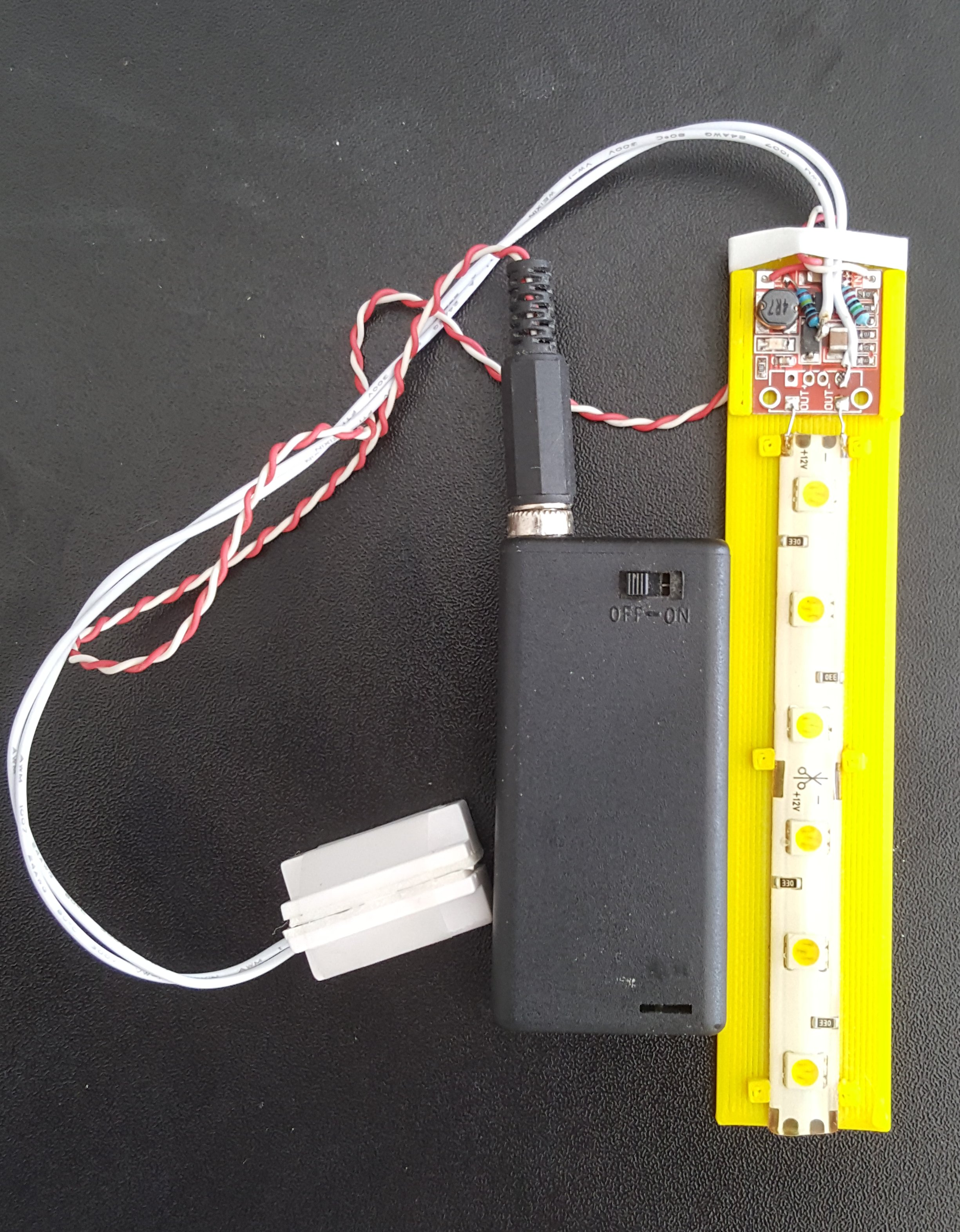 Picture of Battery LED Strip With Magnetic Switch