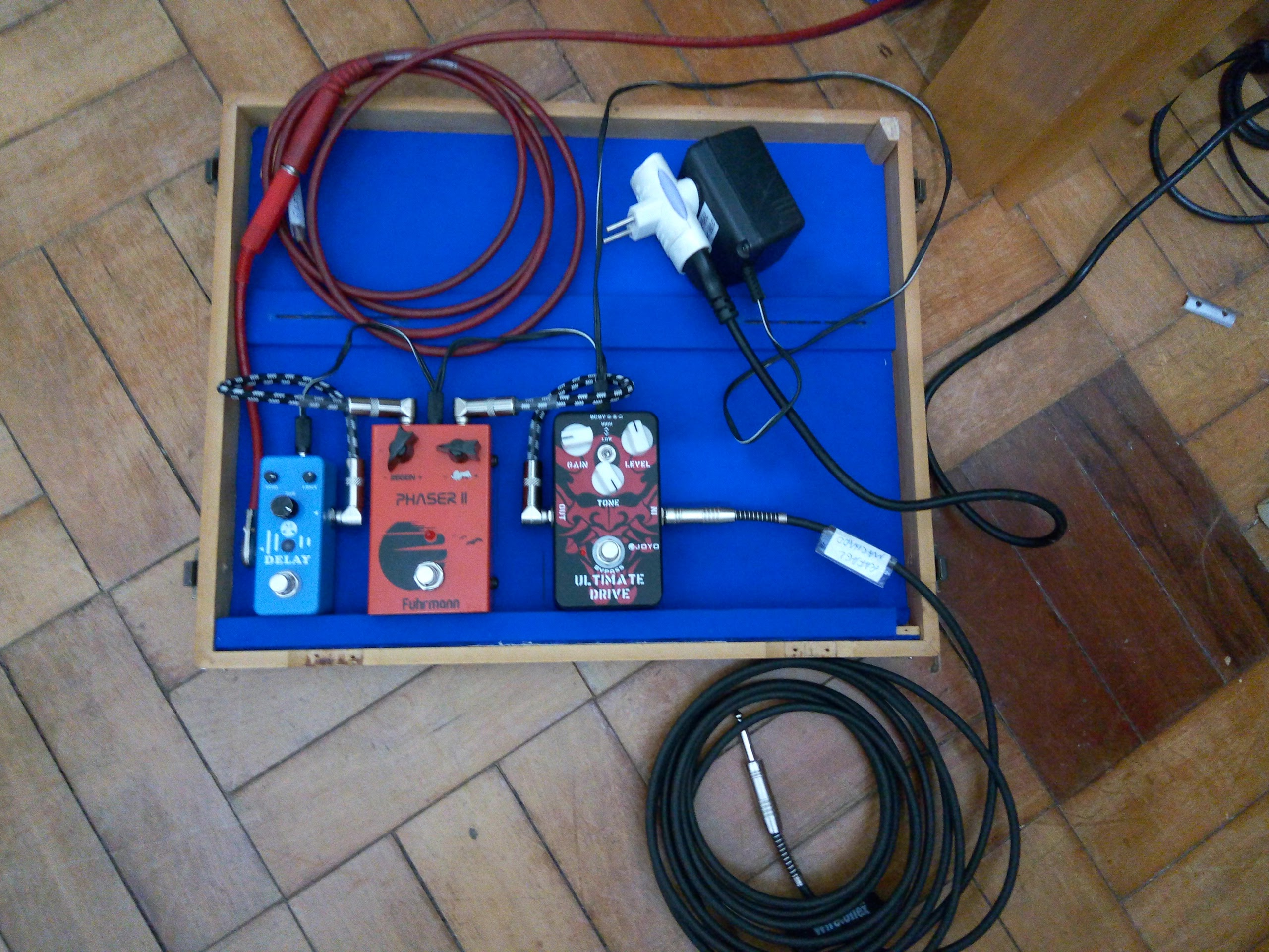 Picture of Pedalboard Wood Case