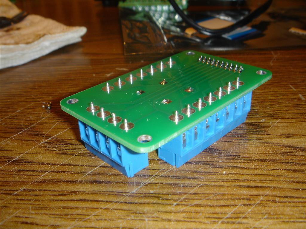 Picture of Screw Terminals