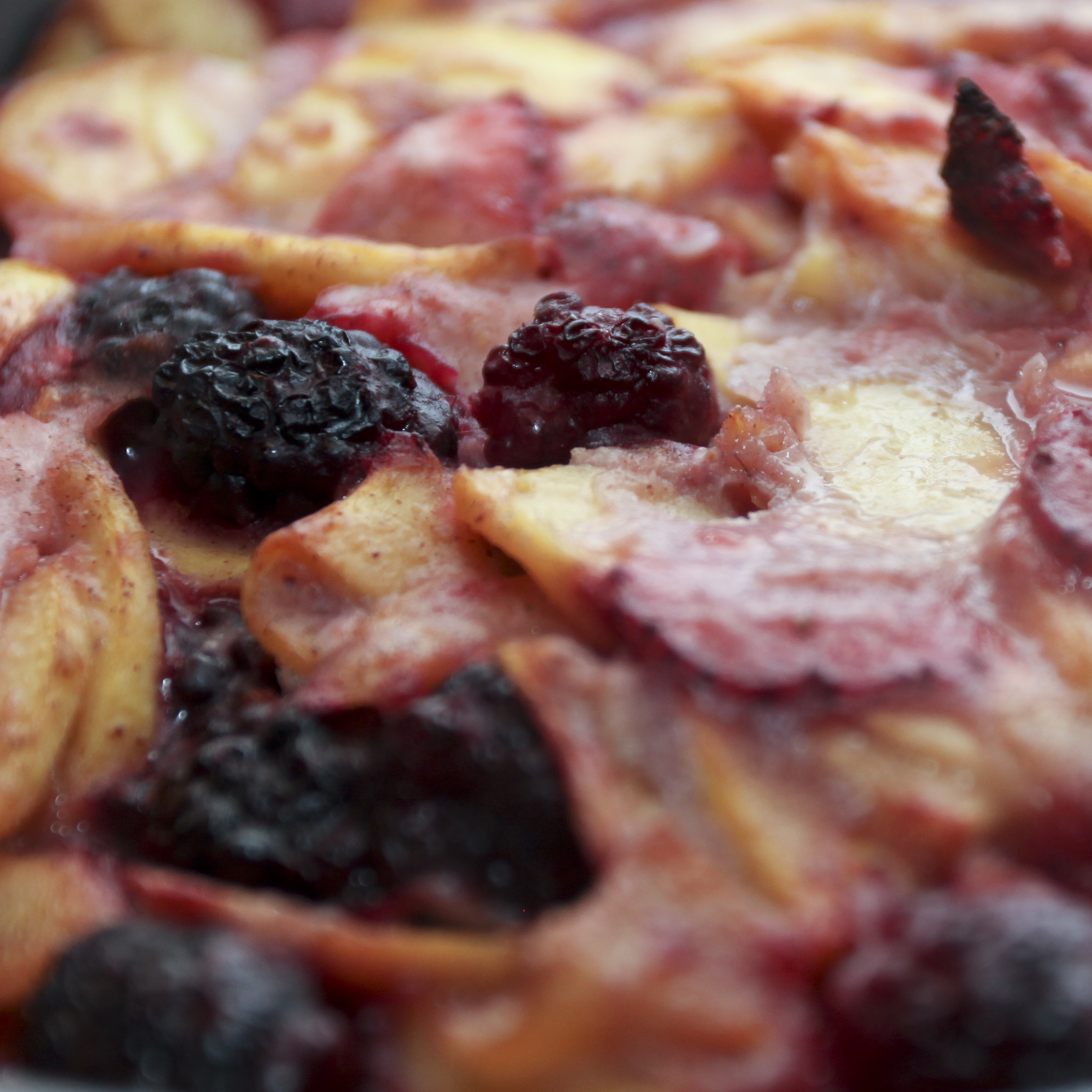 Picture of Peach Berry Tart.