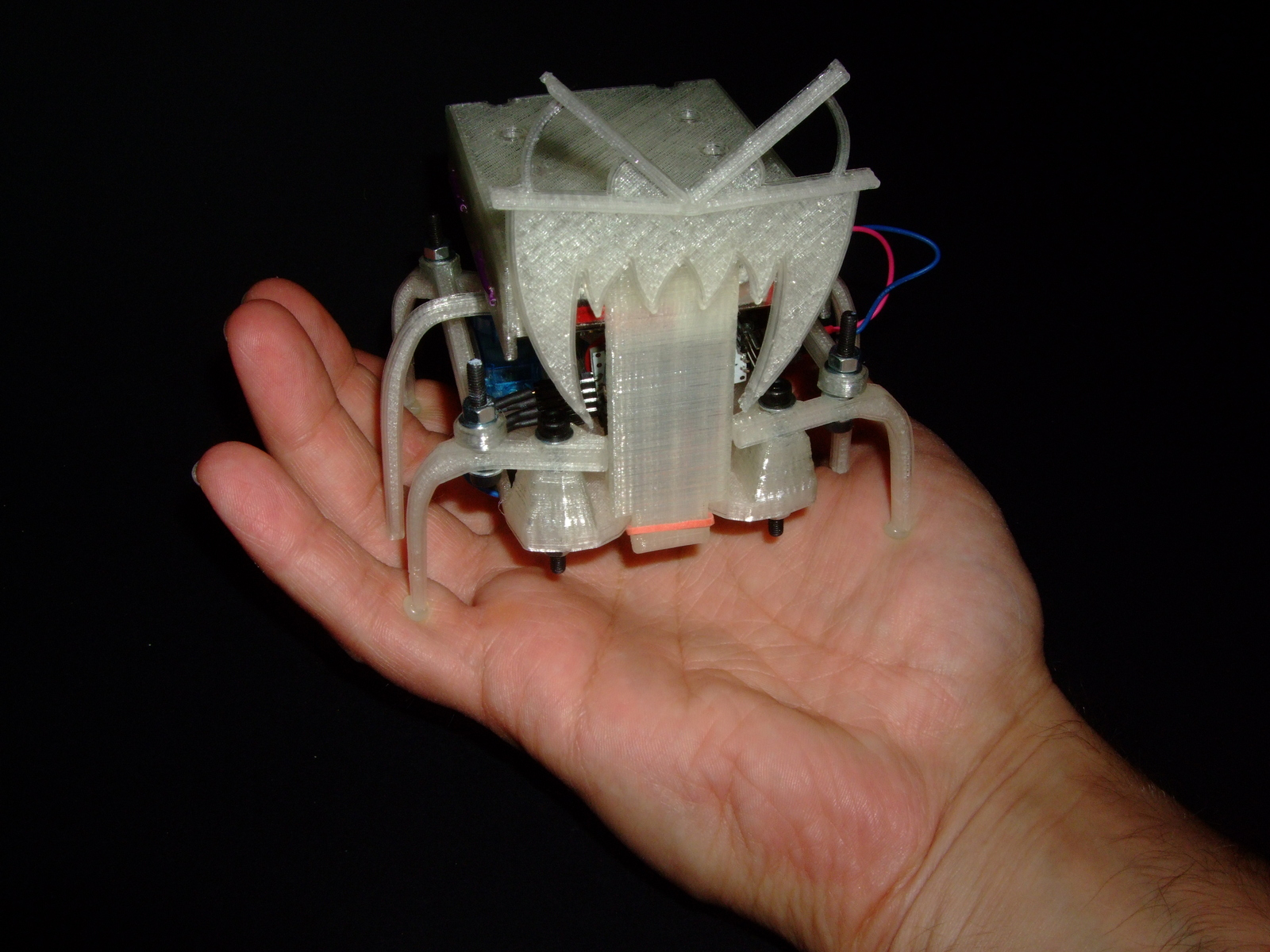 Picture of Hexapoduino: Tiny Hexapod 3D Printed, Arduino Controlled