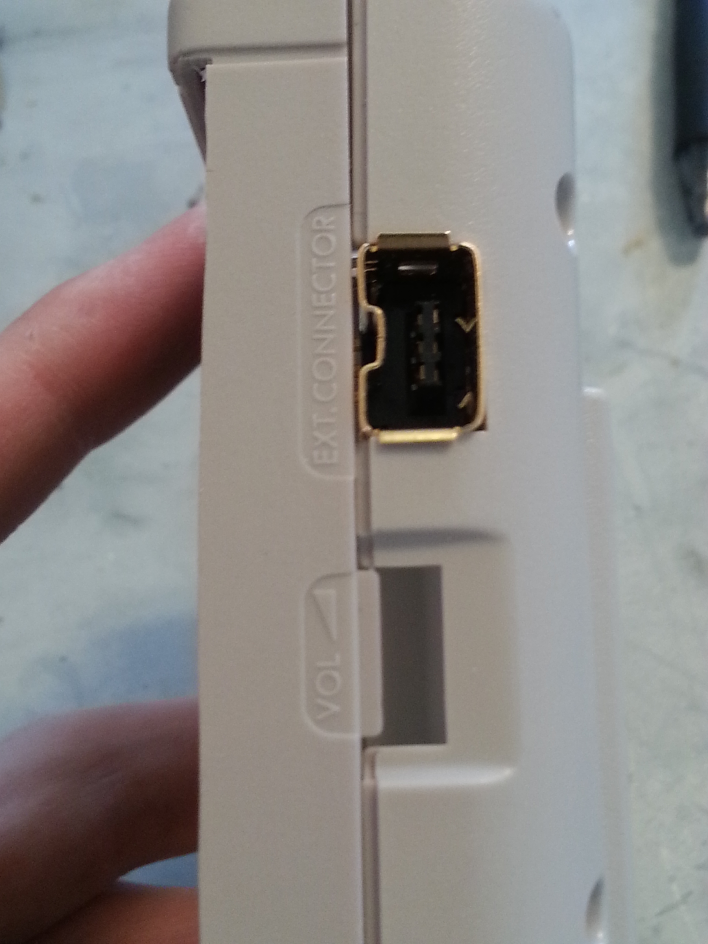 Picture of Game Boy Mod - Nun-chuck Port
