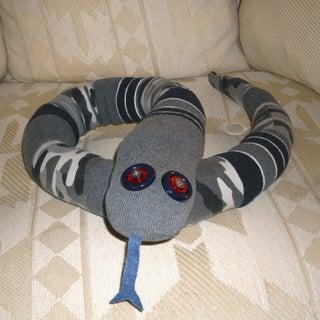 sweater snake 002.jpg