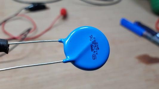 MOV (Metal Oxide Varistor)