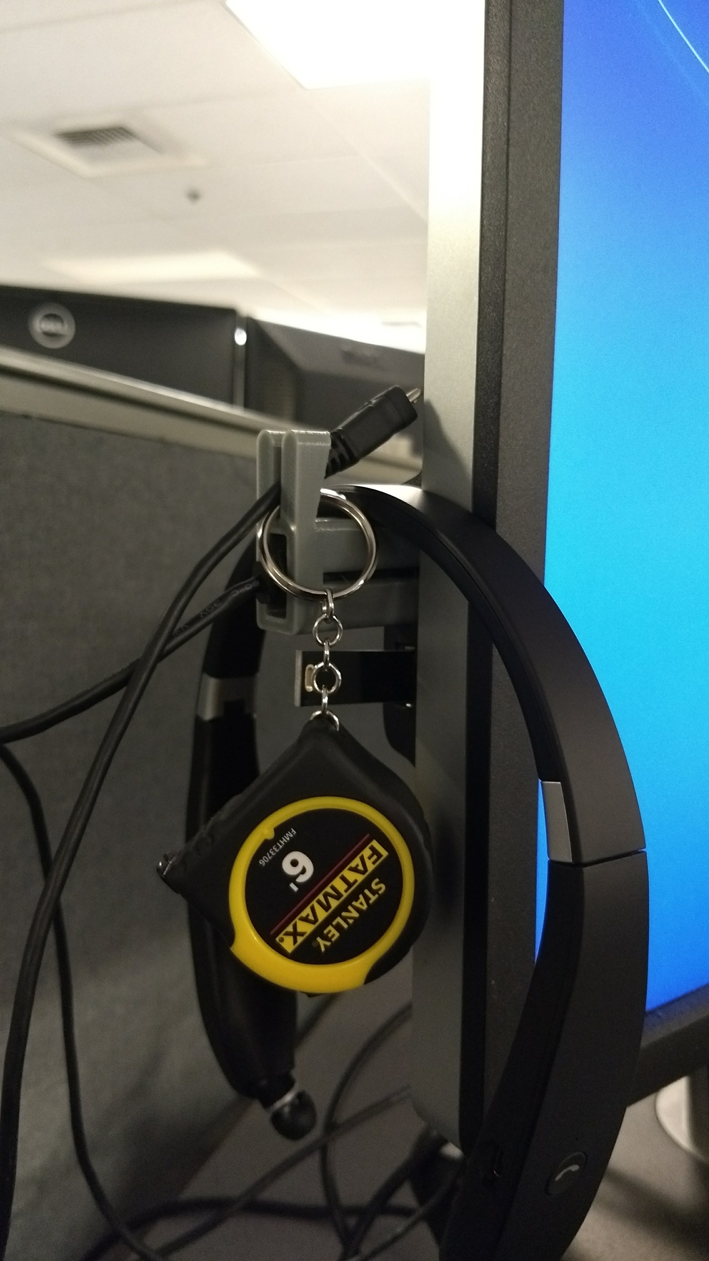 Picture of 3D Printed USB Hanger Hook