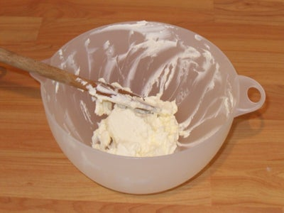 Making the Icing