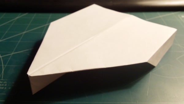 How to Make the Havoc Paper Airplane