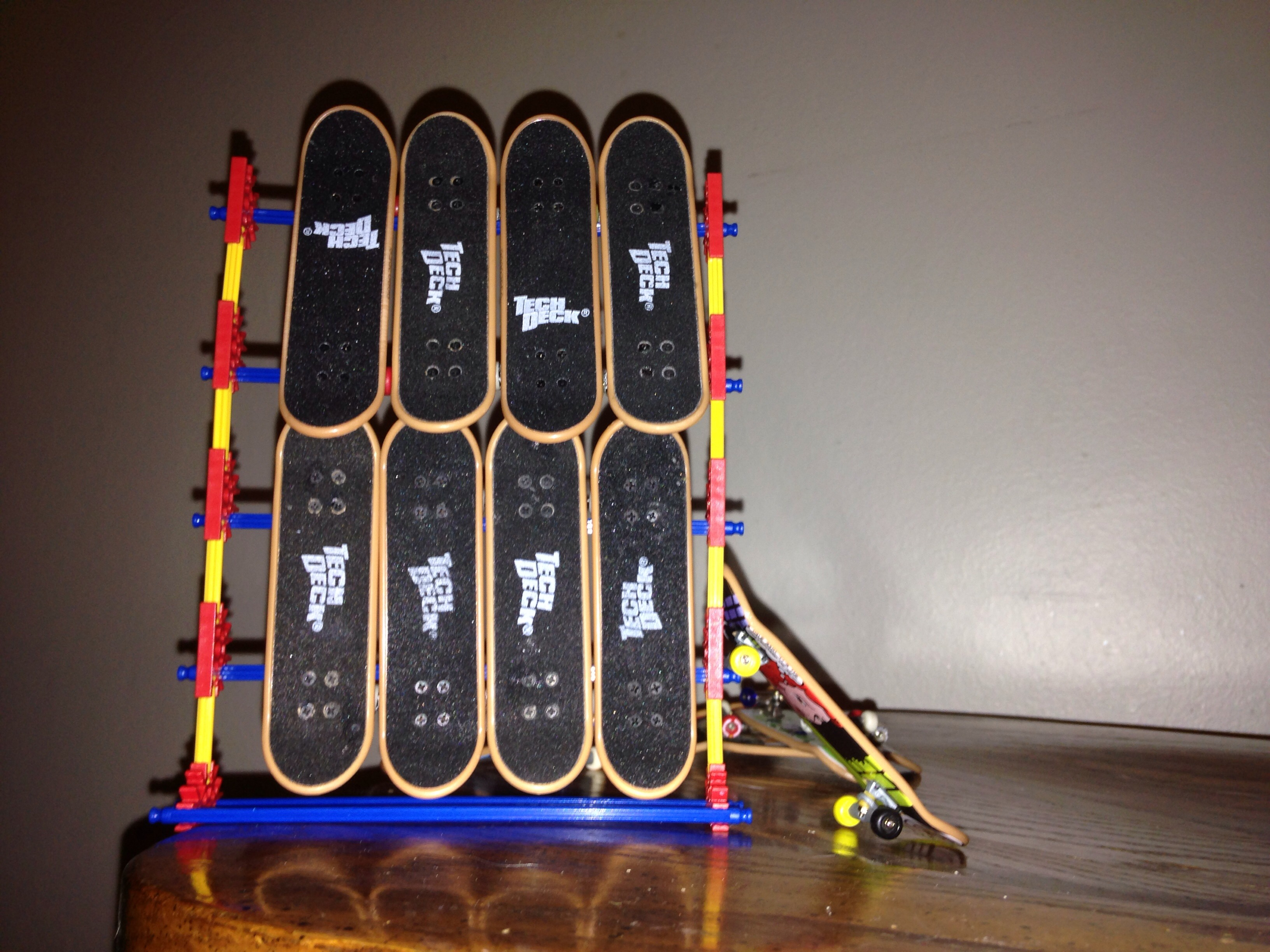 Picture of K'nex Tech Deck Stand (holds 8 Fingerboard Decks)