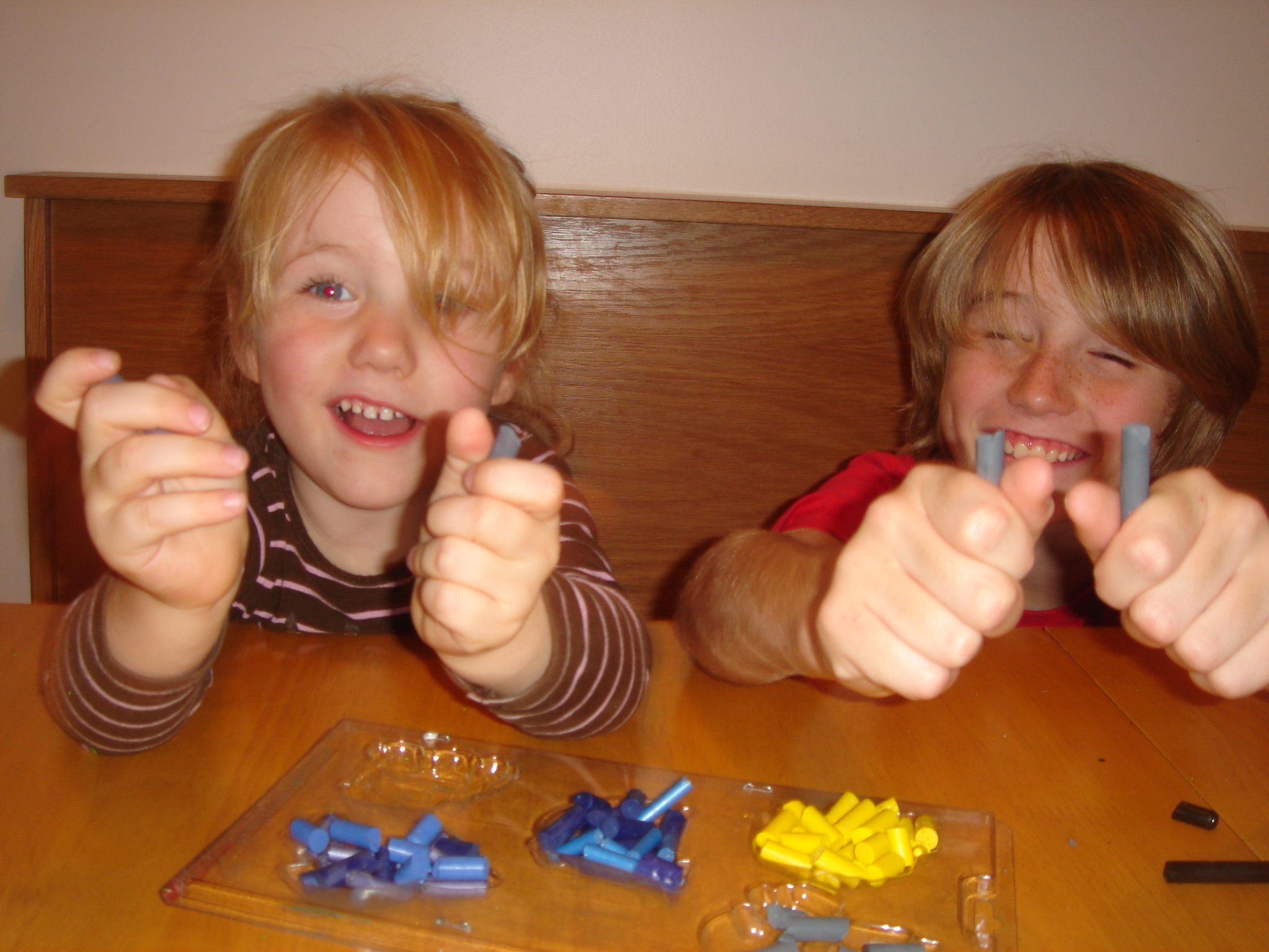 Picture of How-to Recycle Those Crayon Stubs Into a Swell Homemade Gift