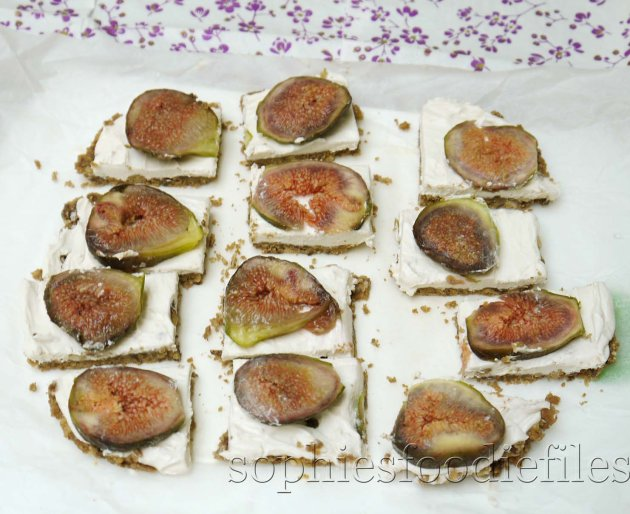 Picture of Vegan Gluten-Free Fig Mini-cheesecake Bars!