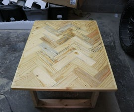 Fix Up an Old Pallet Into a Nice Coffee Table