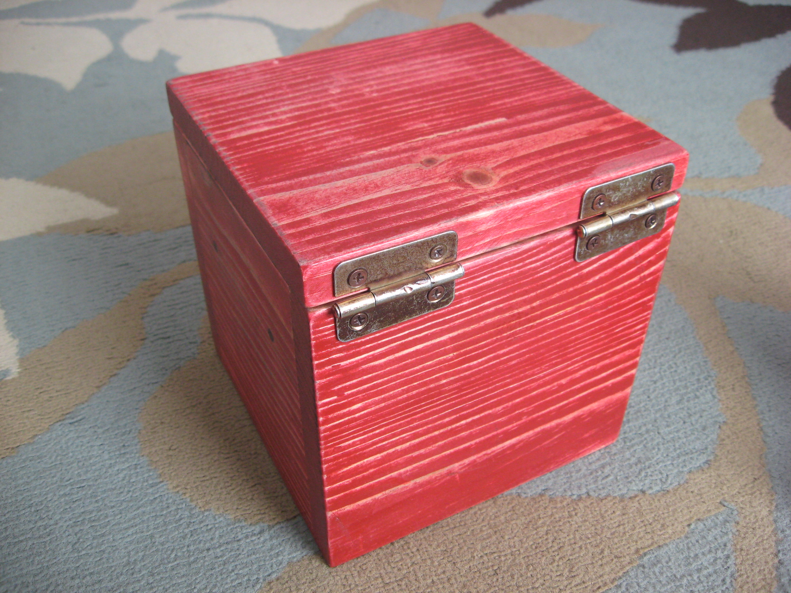 Picture of Wooden Puzzle: Six Blocks in a Box