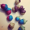 Adorably Useless Glitter Acorns