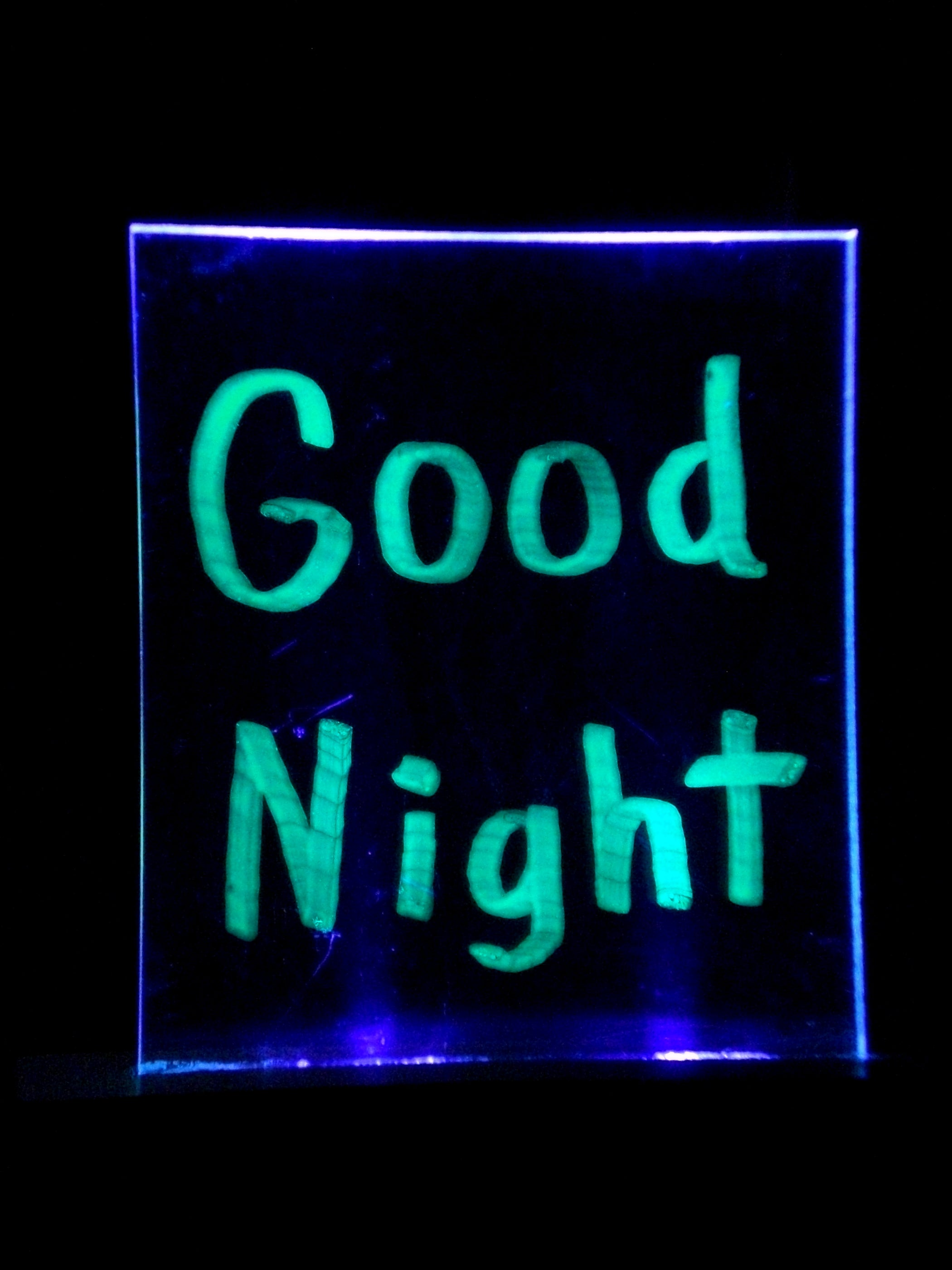 Uv Nightlight Bulletin Board 7 Steps With Pictures