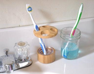 Clean Toothbrush