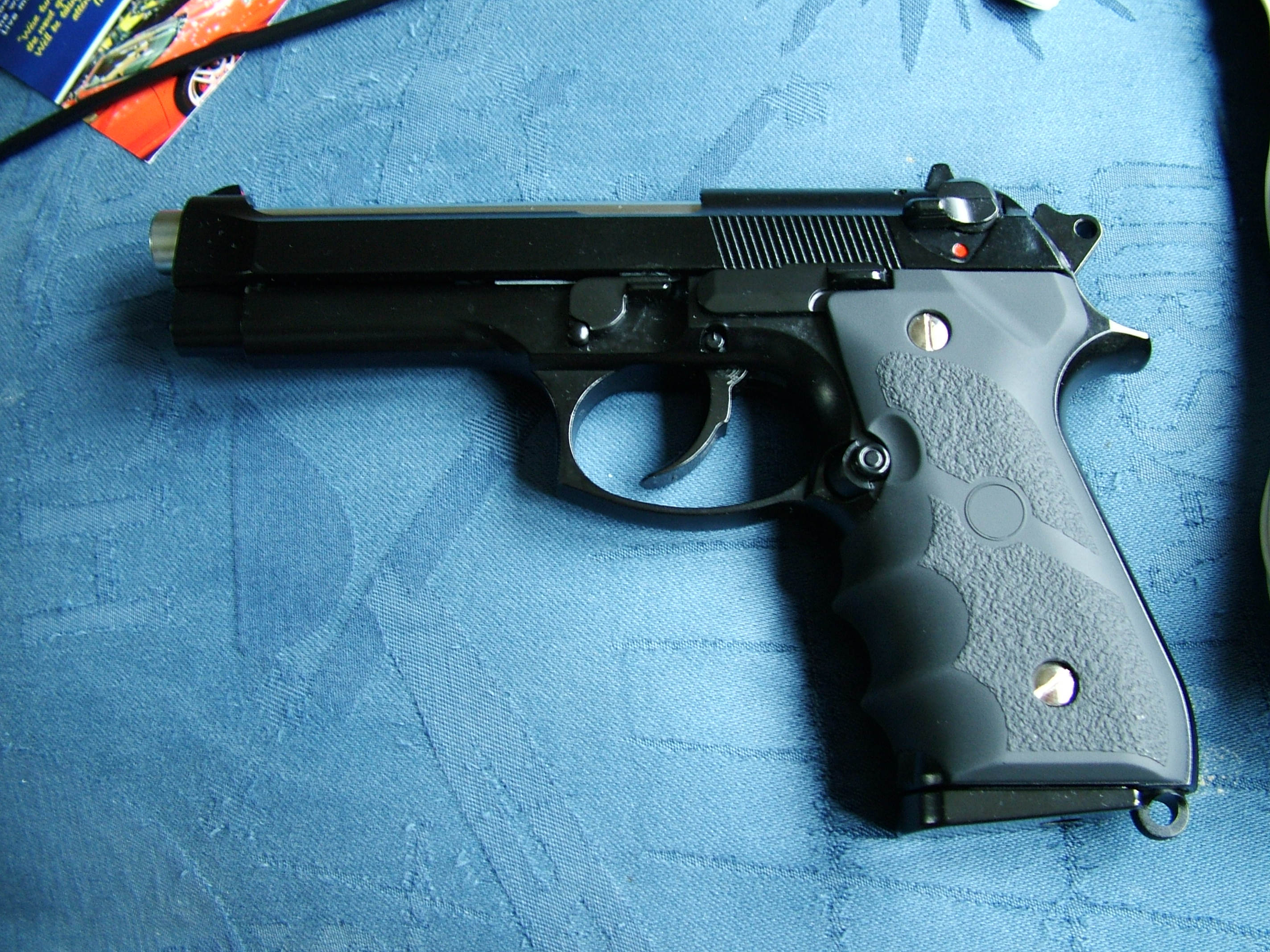 Picture of Re-assembling the Gun.