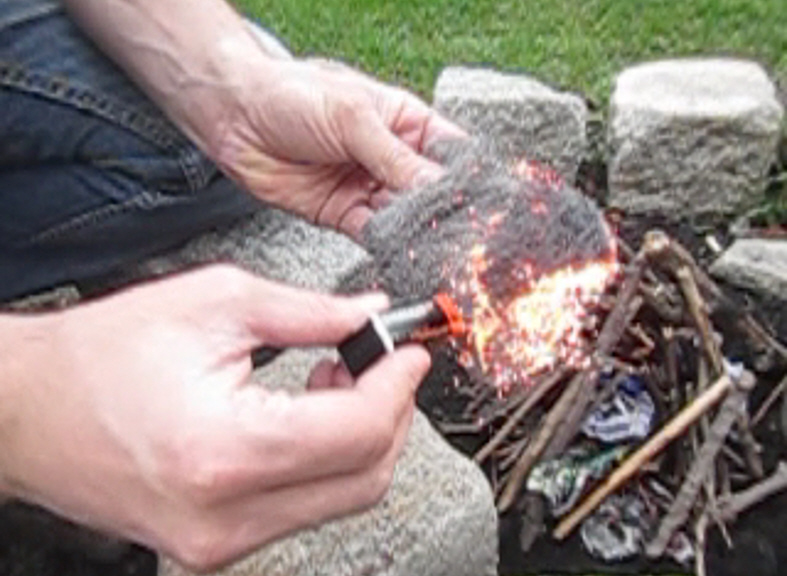 Picture of How to Make Fire Using Only a Battery and Steel Wool
