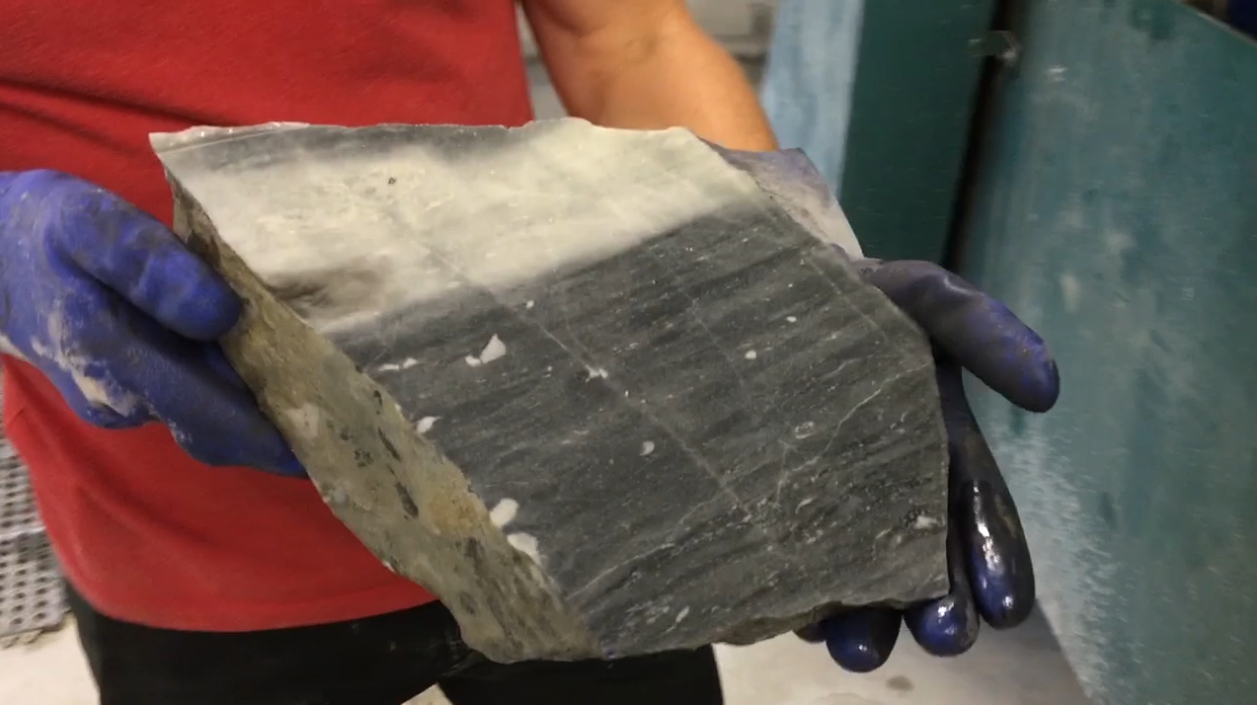 Picture of Cut the Stone Using a Rock Saw
