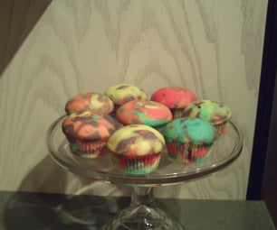 Tie-Dye Drizzle Cupcakes