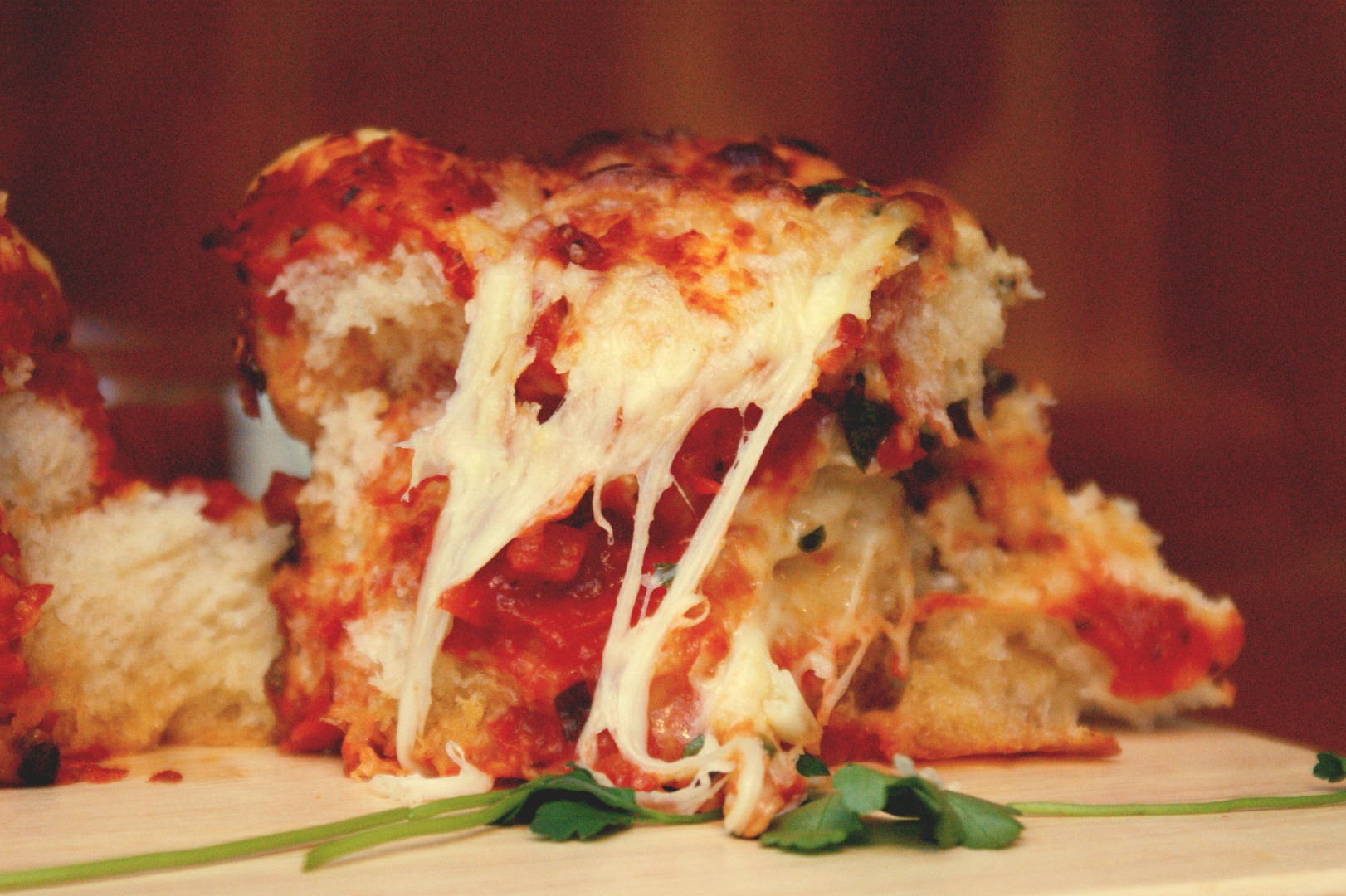 Picture of Pull-Apart Garlic Pizza Bread
