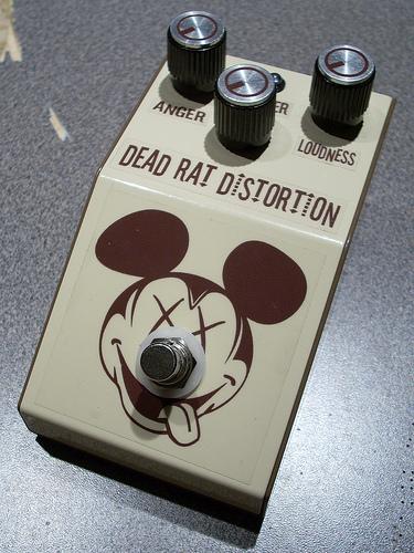 DIY Rat Clone Distortion Guitar Effect Pedal - the Dead RAT