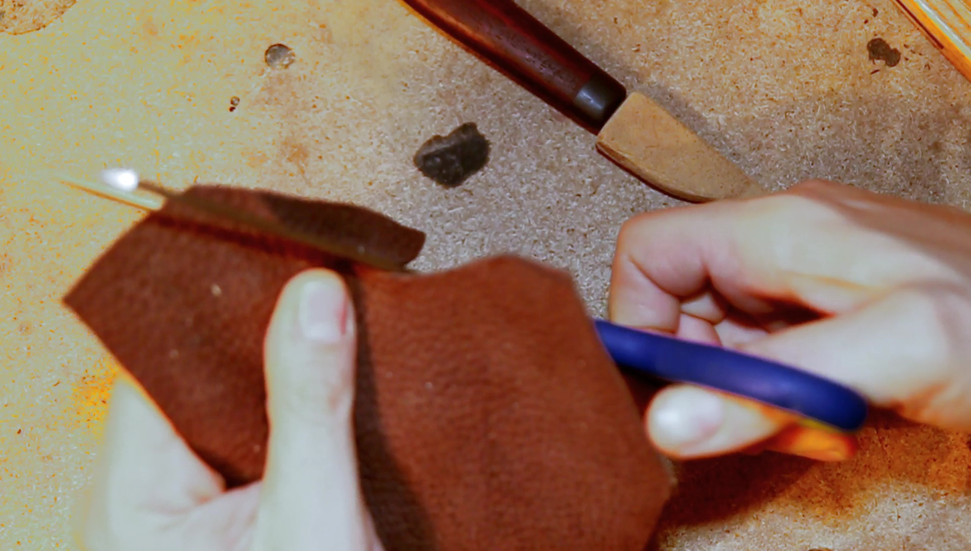 Picture of Cutting the Front Buffalo Leather