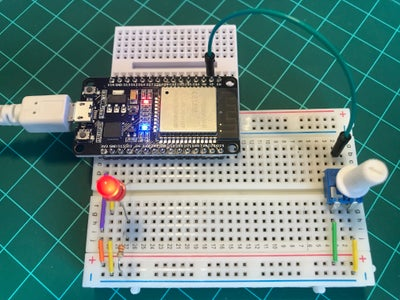 Dimming a LED: Analog Output Using PWM