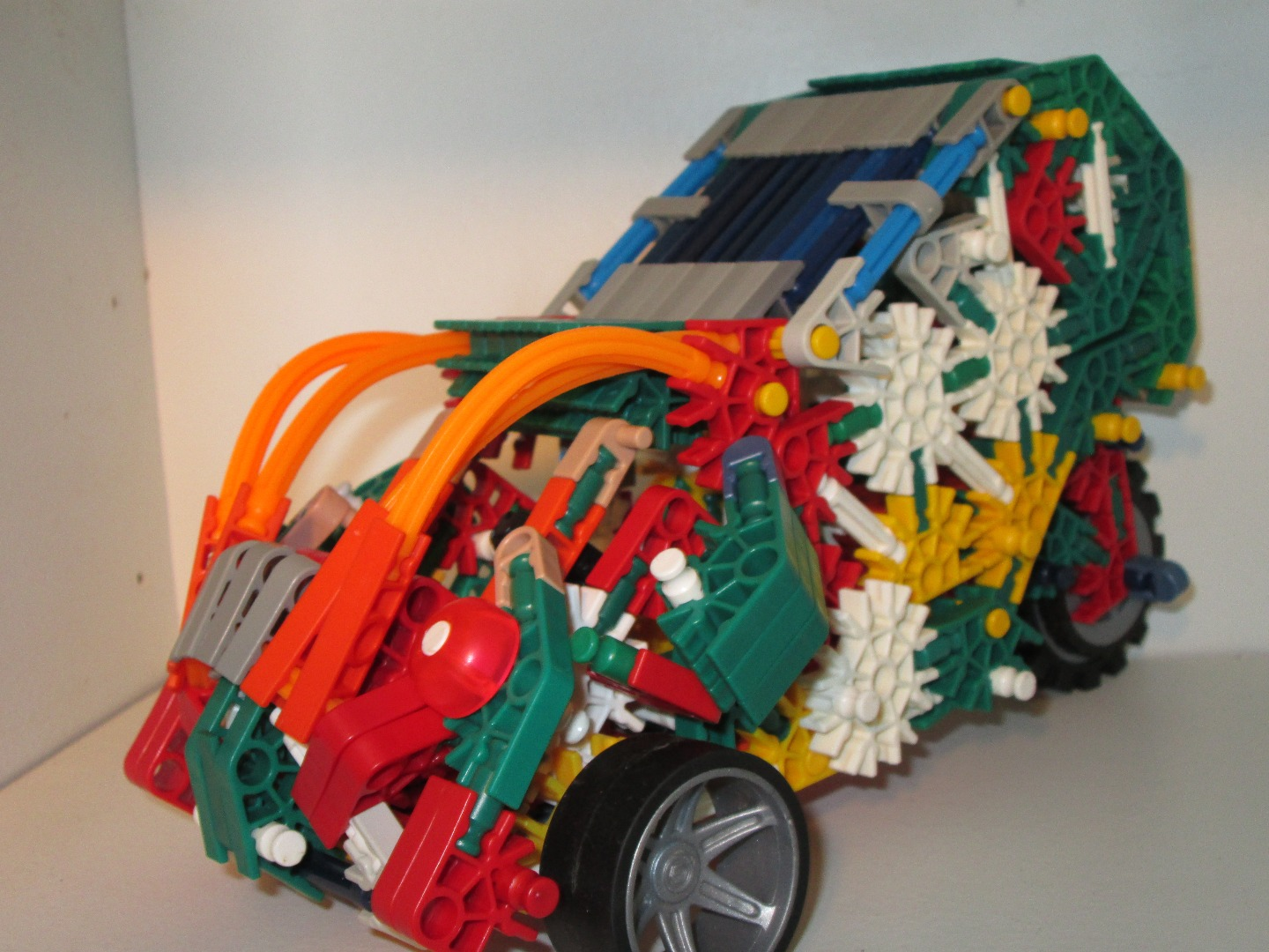 Picture of KNEX Car Concept