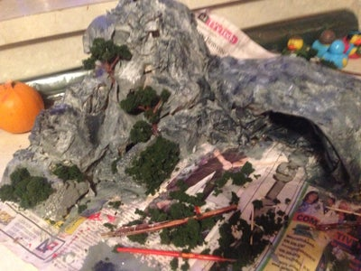 Making Rock Formations , Caves and Greenery