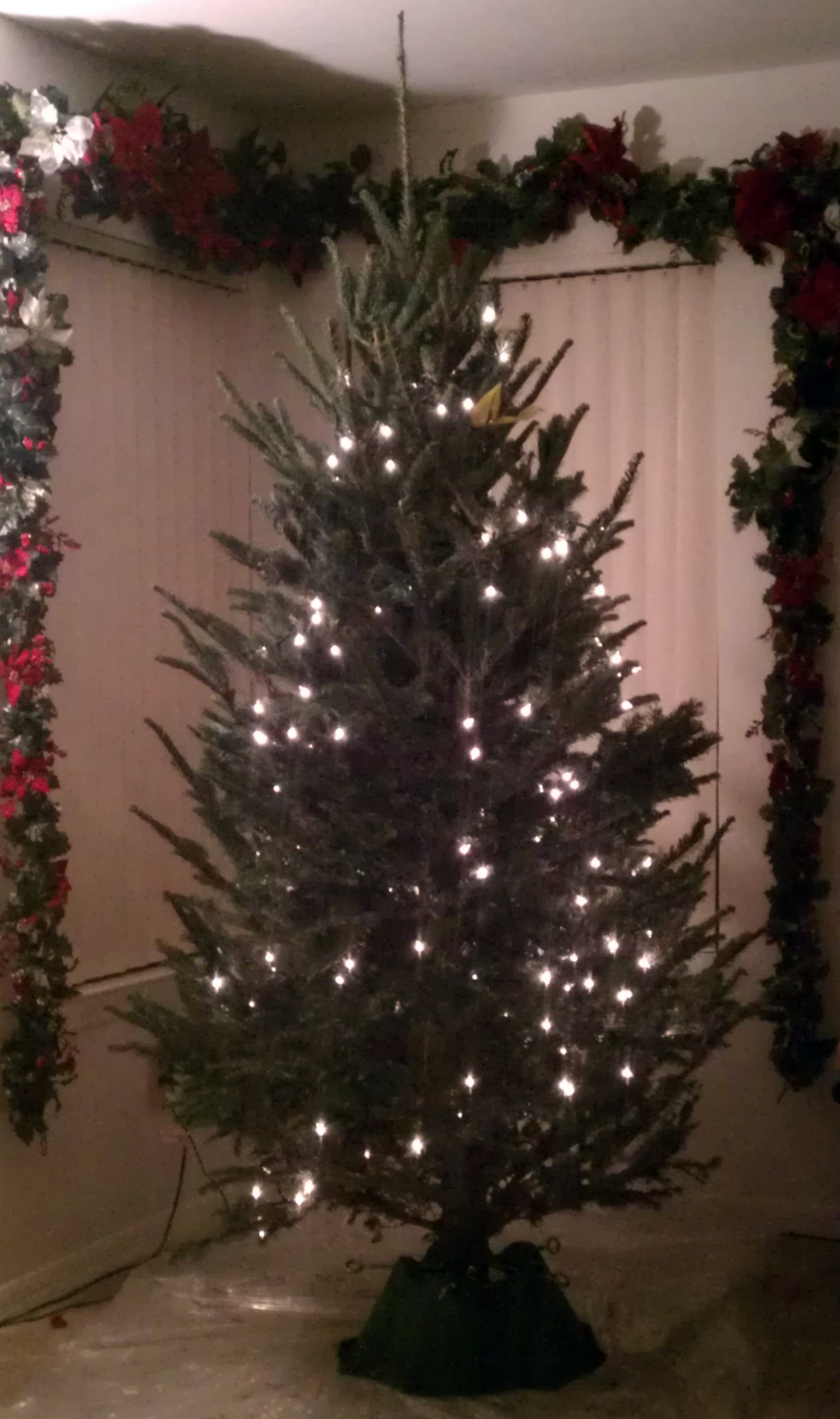 Picture of The Art of Lighting a Christmas Tree: Vertical Vs. Horizontal