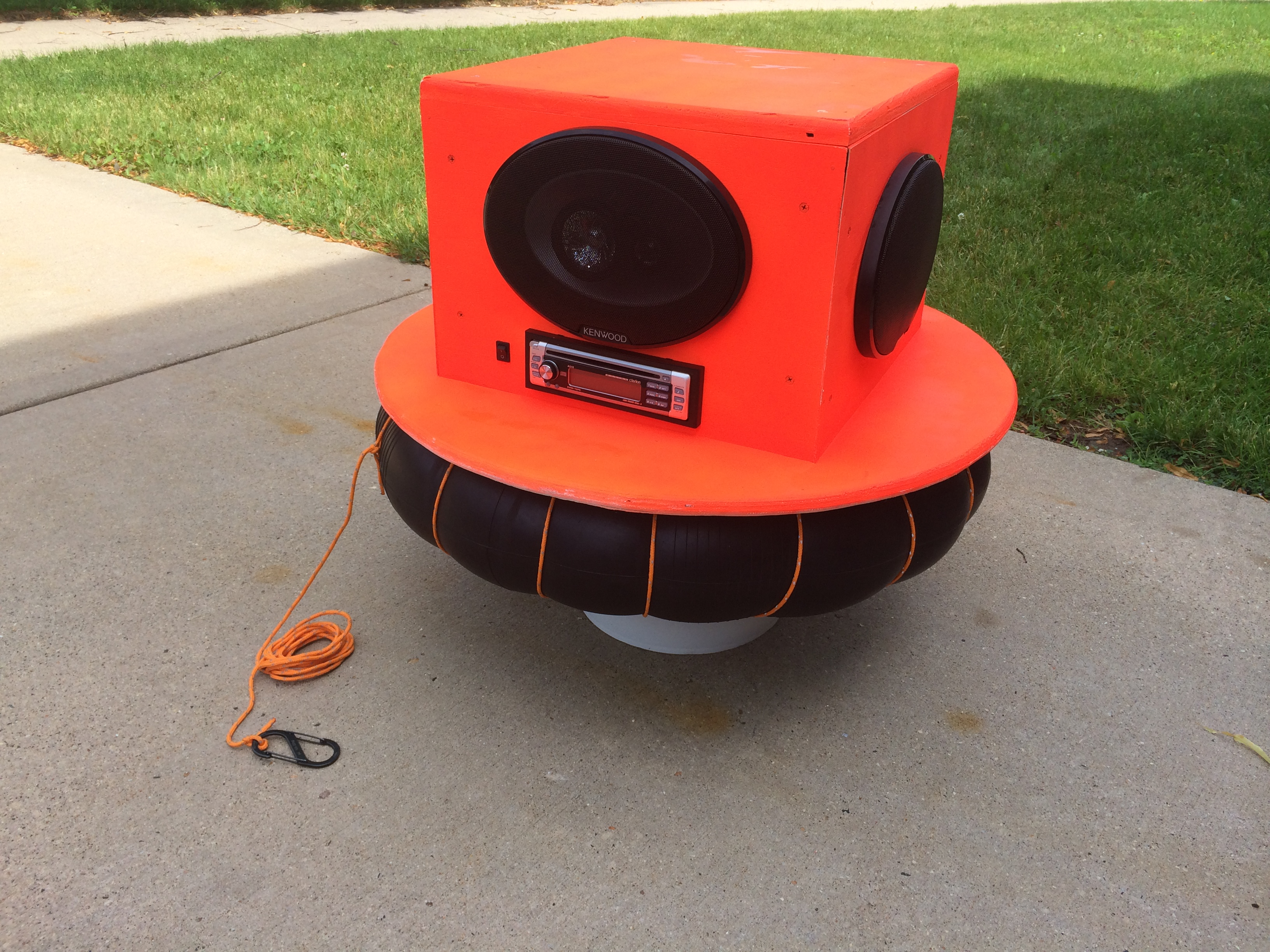 Picture of River Radio- Floating Stereo That ROCKS!