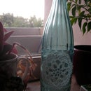 Easy vase from bottle and crocheted lace