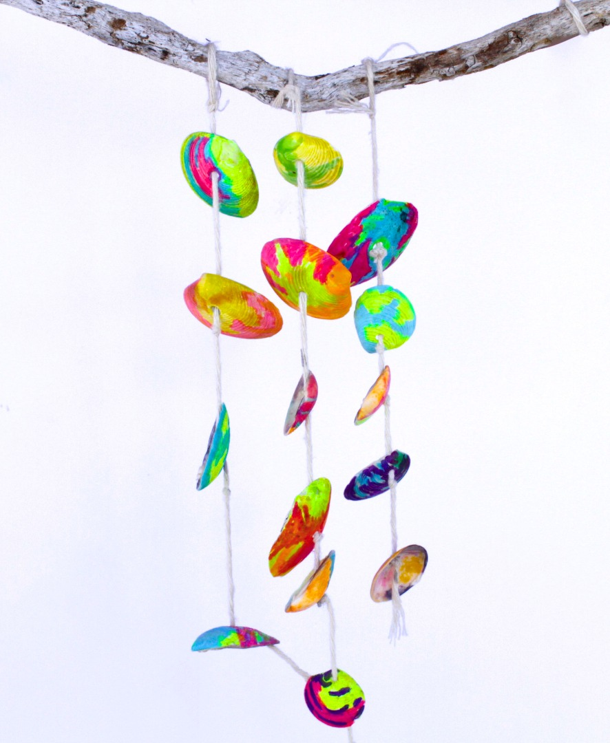 Picture of Make This Simple Seashell Mobile