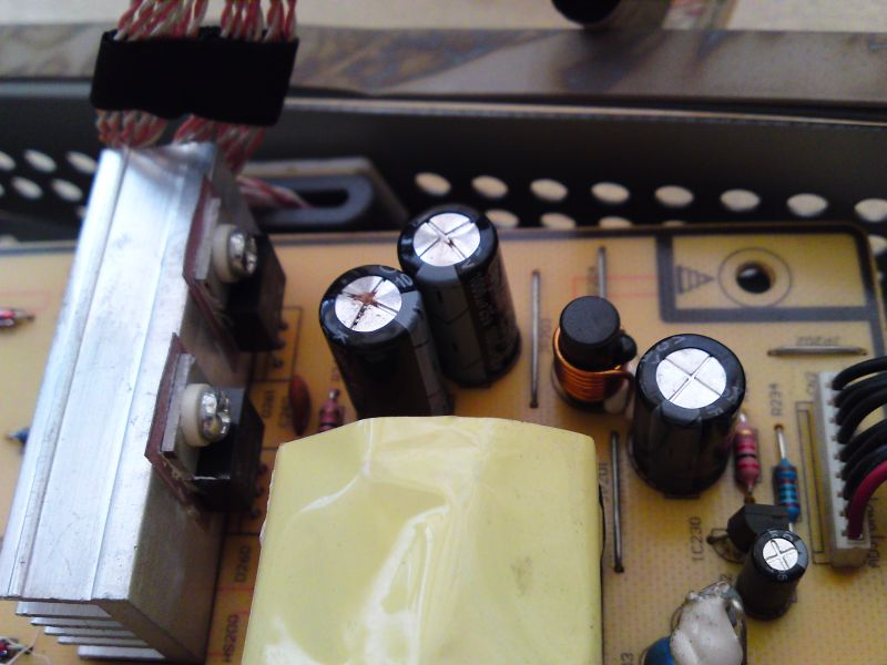Picture of Repairing LCD Monitor: How NOT to Become Planned Obsolescence Victim