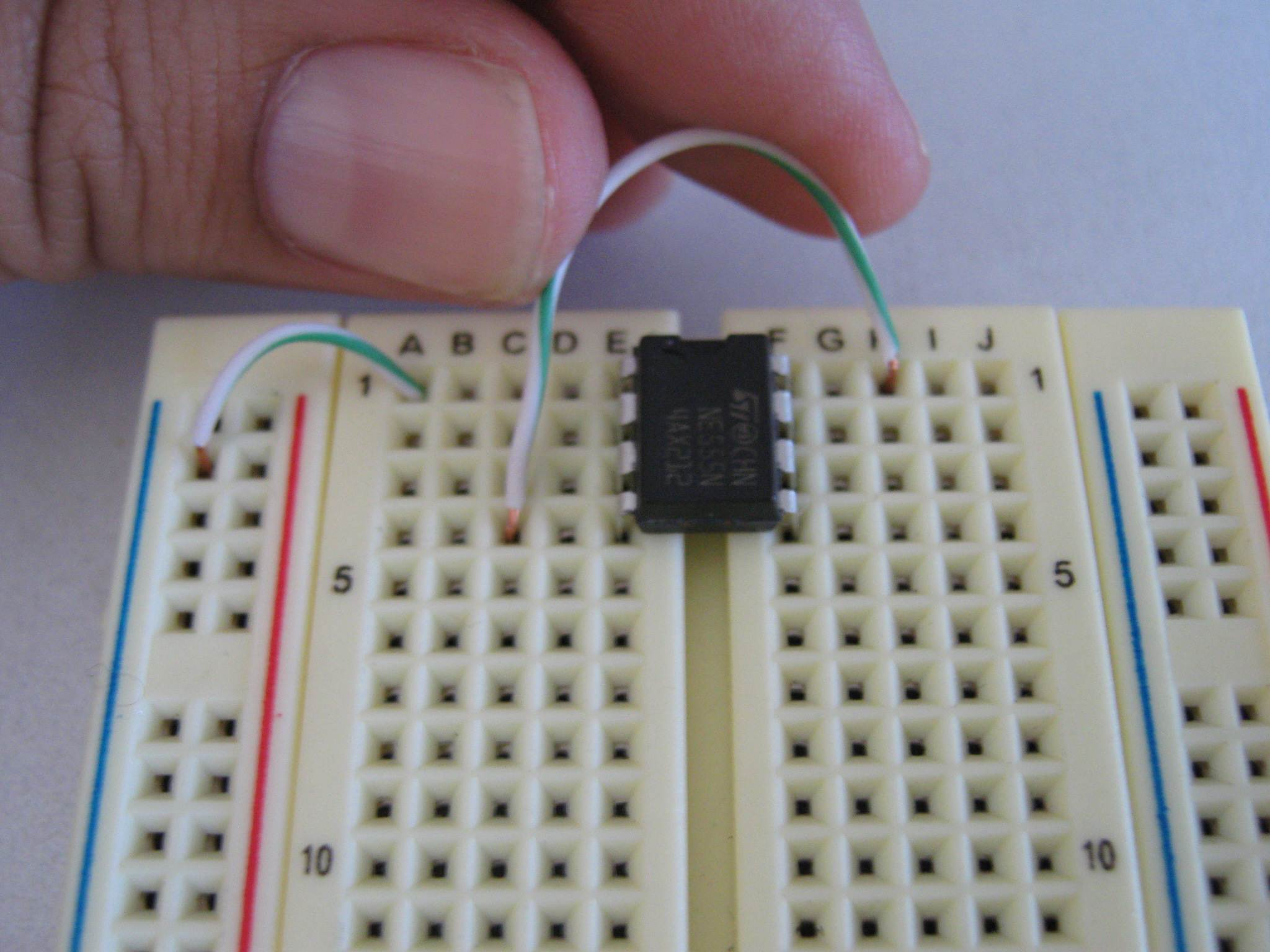 Picture of Connect LM555 Terminals