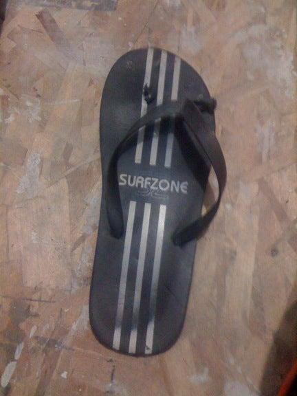 e72d49576ee4 Emergency Fix for a Broken Sandal (flip-flop)  6 Steps
