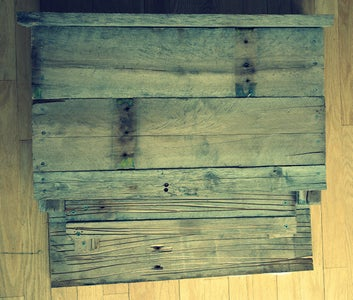 Bat-Box From a Reclaimed Pallet