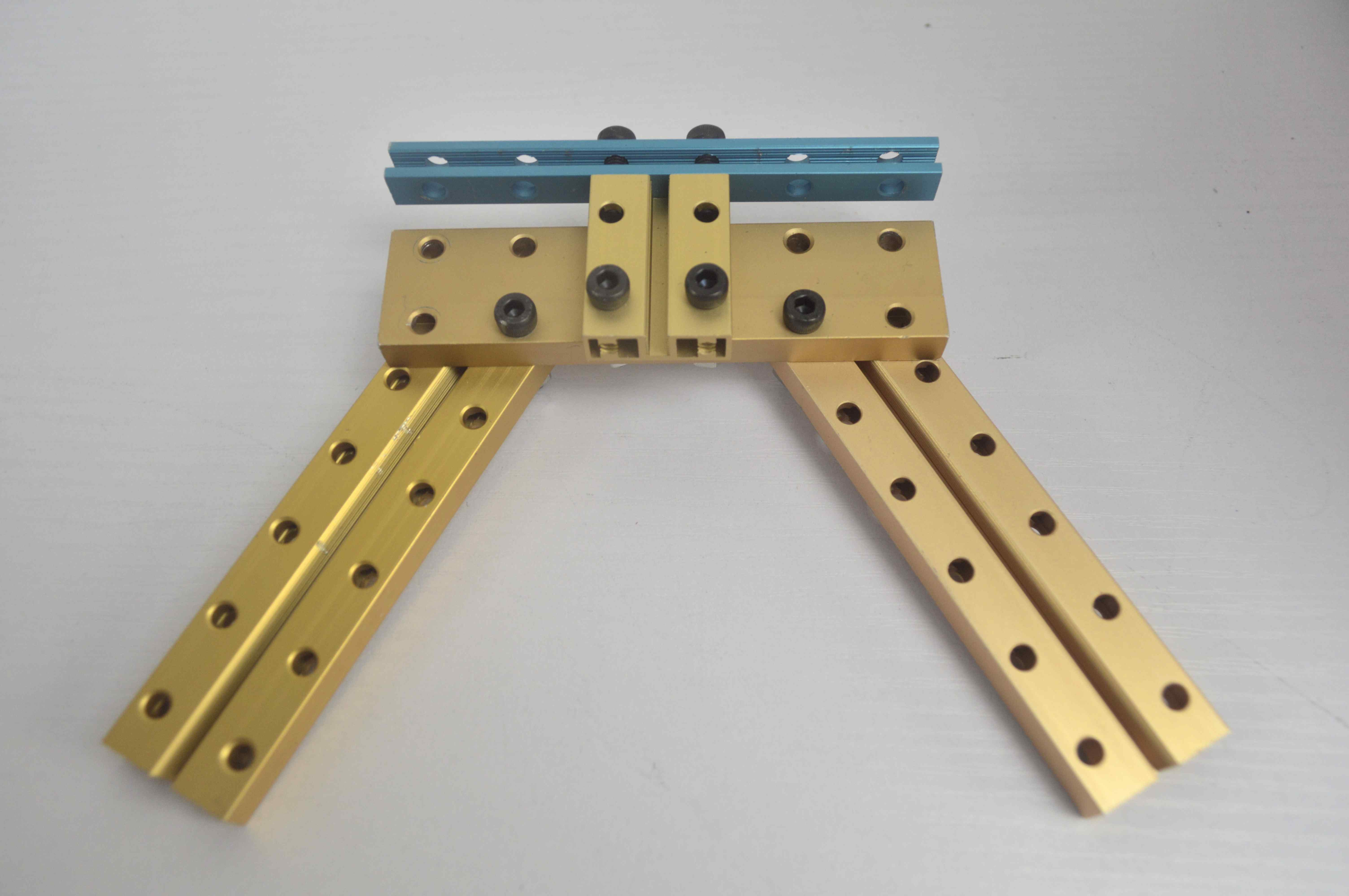 Picture of  Build Hand Shank and Its Support