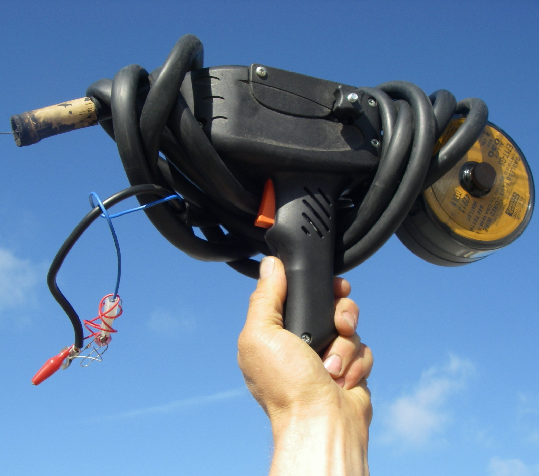 Spool Gun Handheld Wirefeed Welder Powered by Car Batteries: 10 Steps (with  Pictures)