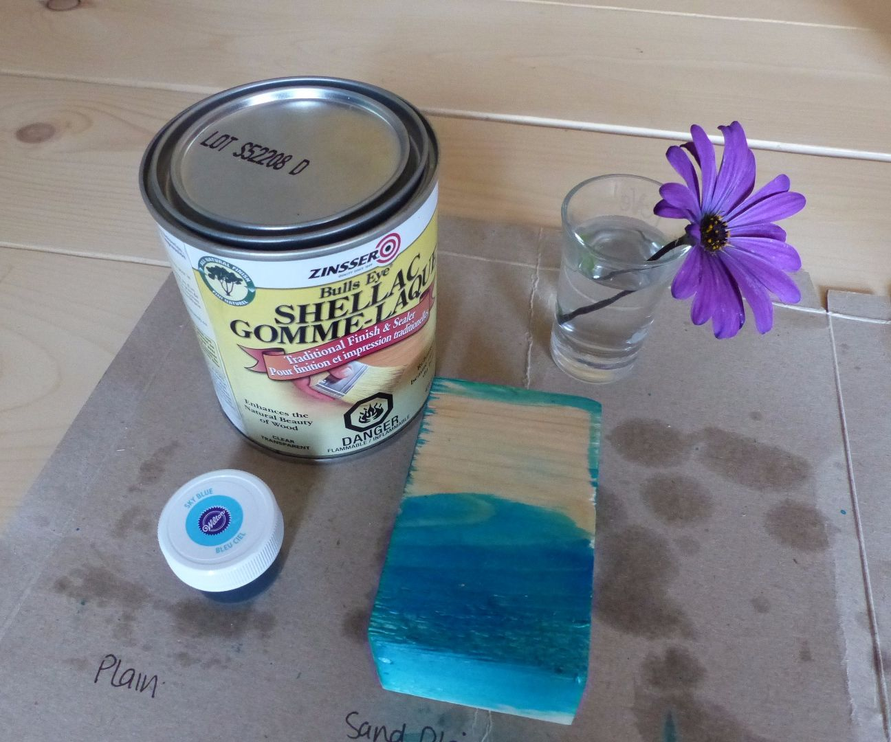 Baby-safe Food-colour Stain for Wood: an Experiment: 3 Steps