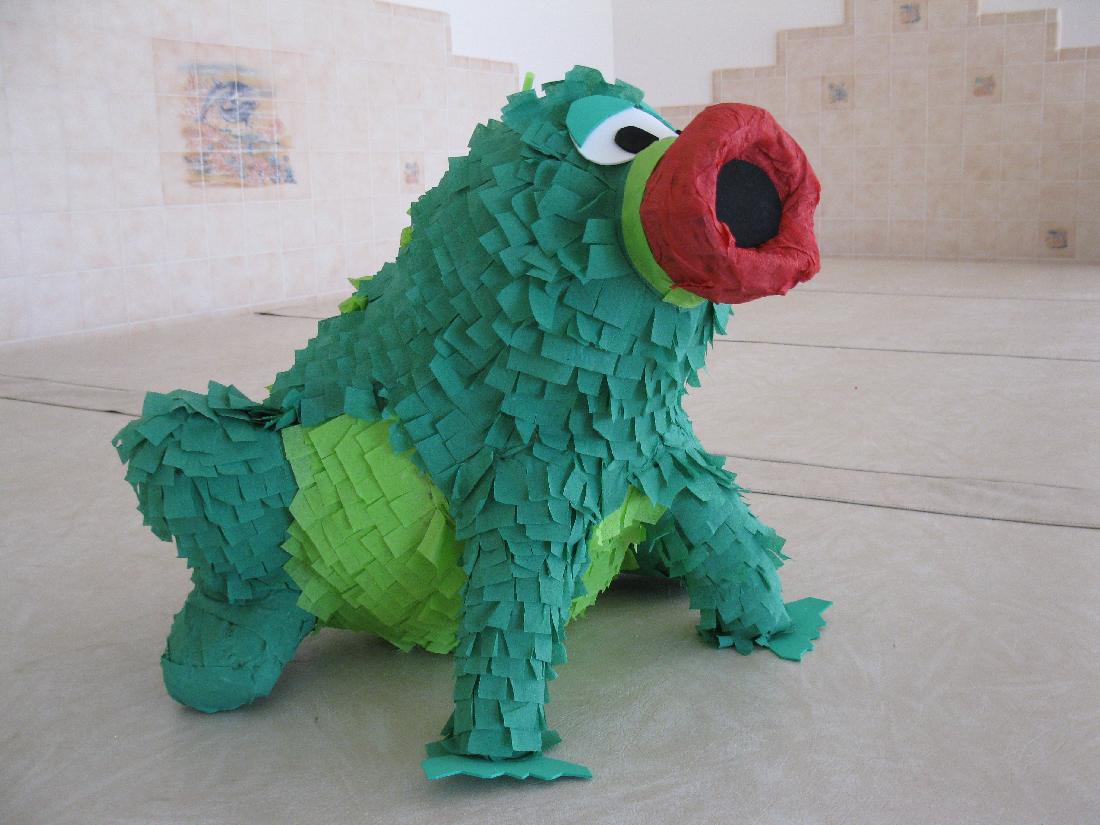 Picture of How to Make Custom Pinatas