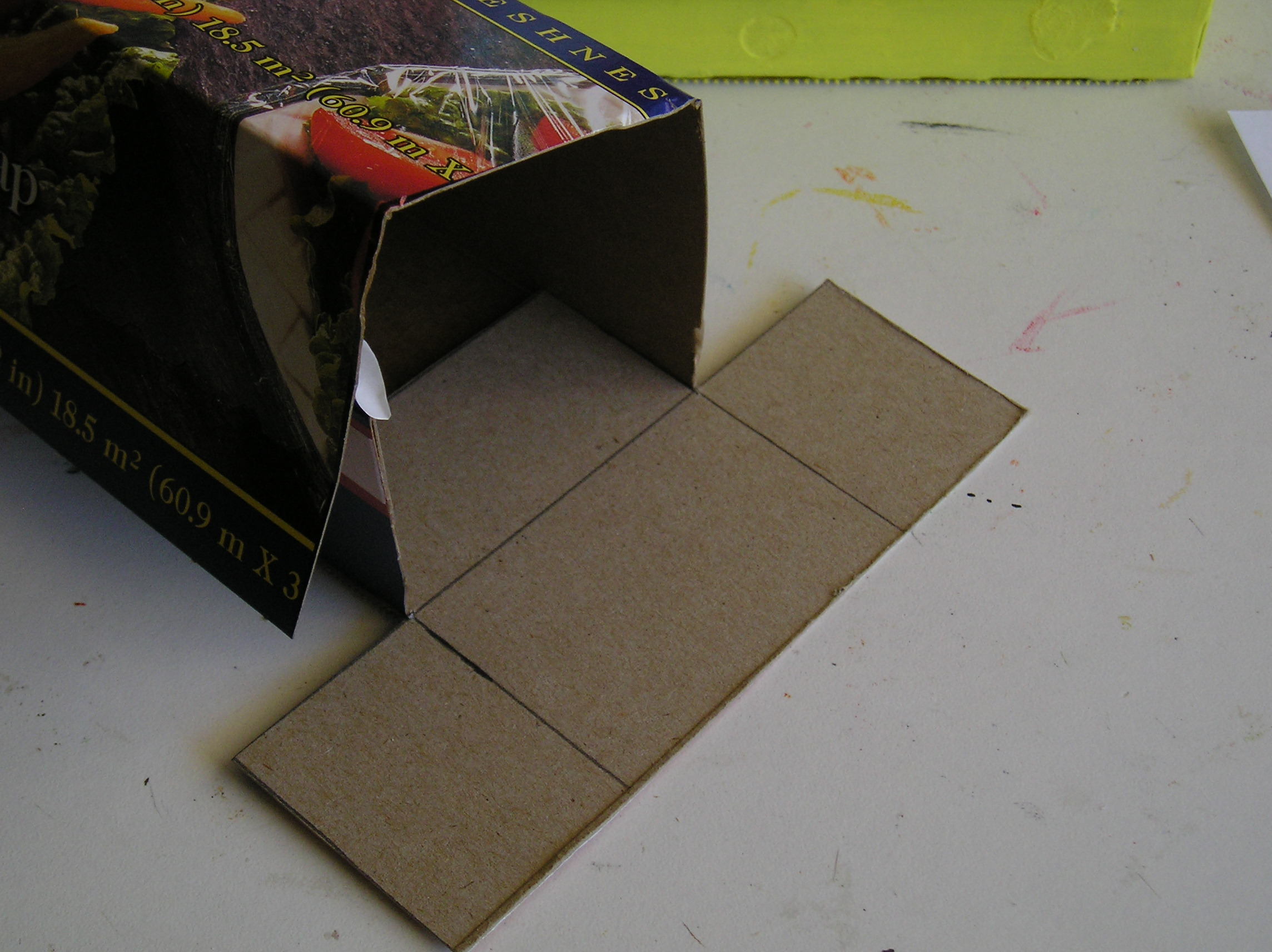 Picture of Cut Pieces to Close Up Cut End of Box