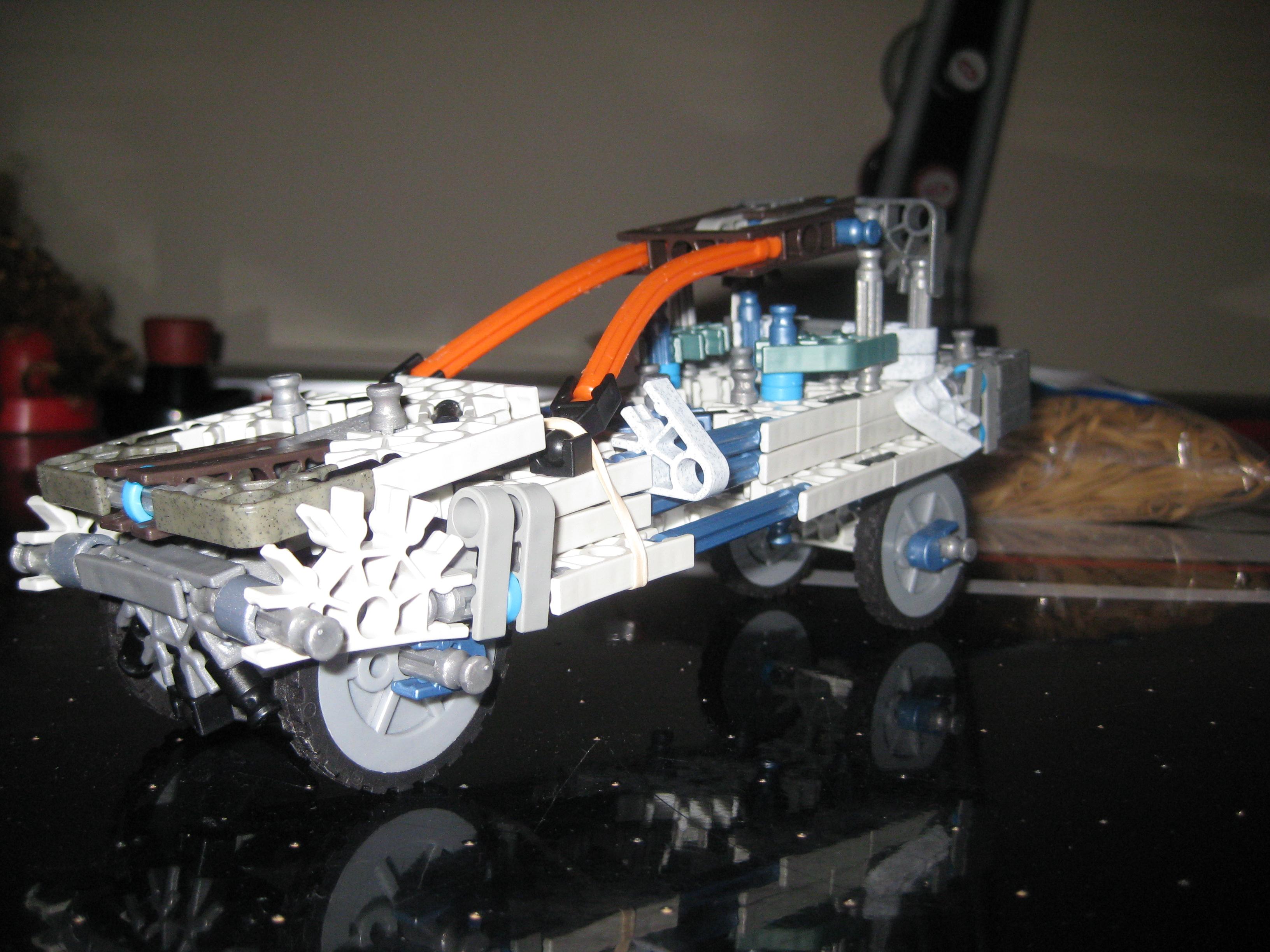 Picture of K'nex Car (TNKIT Entry)